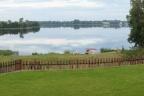 Sprzedam dużą posiadłość rekreacyjną z dostępem do jeziora