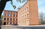 Biurowiec Łódź - Śródmieście z własnym parkingiem