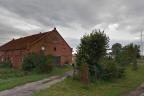 Gdańsk Wyspa Sobieszewska- przedwojenna, ceglana, ogromna stodoła na d Martwa Wisłą
