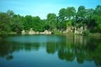 Sprzedam teren inwestycyjny z jeziorem