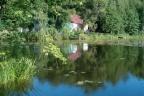 Urokliwe prywatne jezioro z gruntami wokół