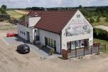 Restauracja + budynek biurowy + działki 15559m2, przy DK1