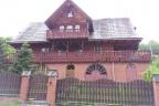 Budnek w stylu góralskim w Wiśle.