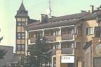 Łeba, centrum Hotel- z 1993 r. - eksploatowany przez Bank