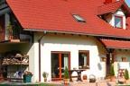 Dom na 2-ha działce z prywatnym jeziorem
