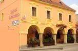 Okazyjnie sprzedam dobrze funkcjonujący hotel z restauracją w zabytkowym budynku w centrum miasta