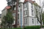 Budynek w atrakcyjnej lokalizacji i ciekawej architekturze