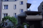 Dom na Sławinie na mieszkania i lokal usługowy