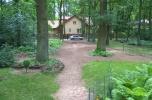 Duża działka z dużym domem przy parku