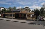 Dwa lokale usługowo - handlowe z działką w Grzybowie