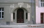 Kamienica obok bazyliki