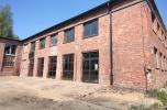 Lokal usługowo-biurowy 213 m2 na terenie zamkniętym