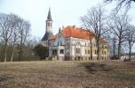 Neoklasycystyczny pałac w powiecie złotowskim