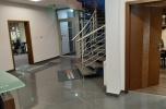 Oporów budynek biurowo - magazynowy