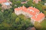 Pałac w Małuszowie z siedemnastego wieku na sprzedaż pod hotel i spa