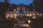 Piękny, ekskluzywny pałac o pow. 1500 m2 na działce 7 ha