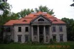 Sprzedam pałac z parkiem koło Sieradza